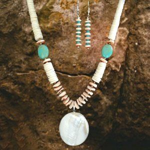 NAVAJO Crafted Mother of Pearl Necklace & Earrings